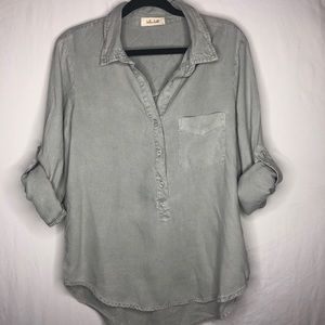 Anthropologie pull over grey Button Down